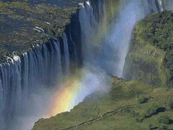 Водопад виктория где находится в какой стране