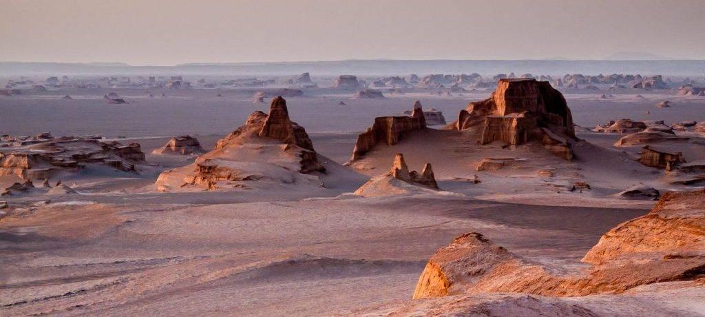 Пустыни жаркие и холодные