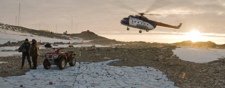 Живут ли люди в антарктиде