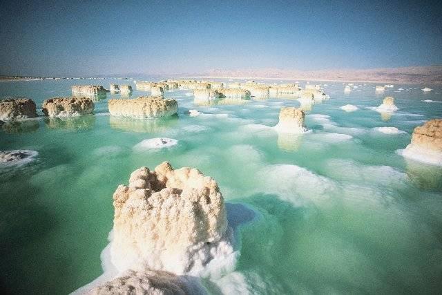 Почему мертвое море называется мертвым