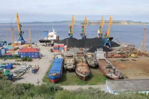 Какими морями и океанами омывается россия