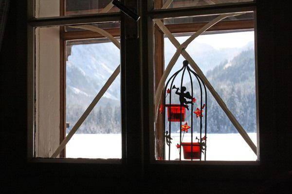 Вид из окна зимой