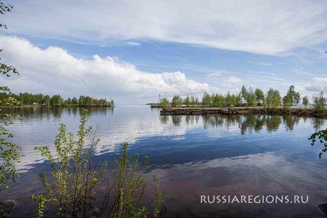 Какое озеро находится не в россии