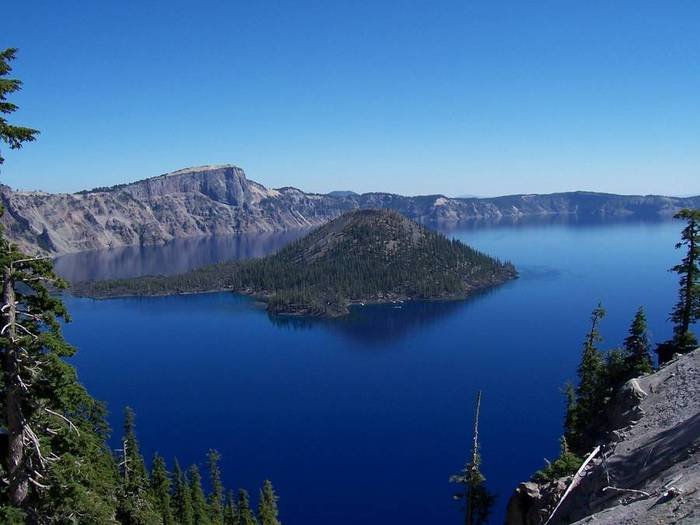CraterLakeOregon_2 (700x525, 40Kb)