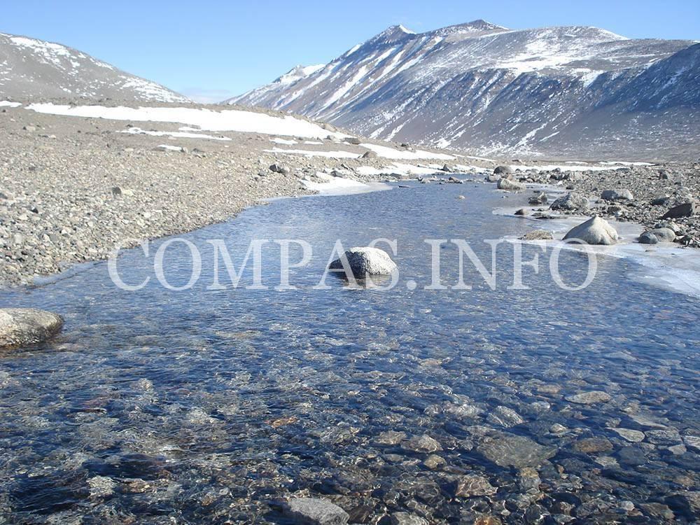 Антарктида реки и озера