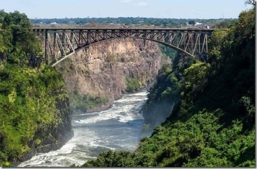 Где находится водопад виктория на карте мира