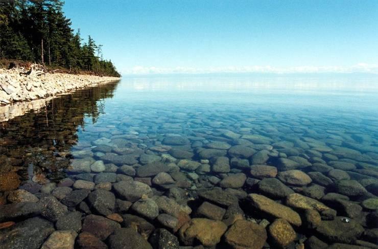 Какое самое глубокое озеро в мире