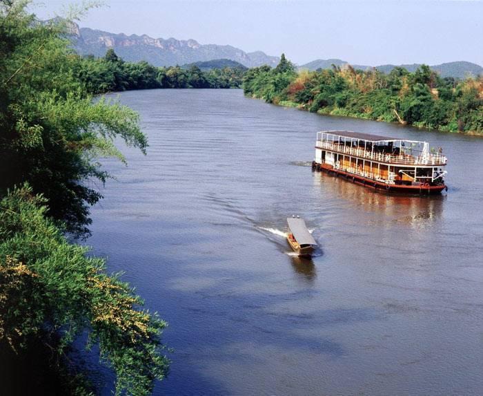Река город