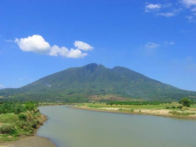 Филиппинский вулкан