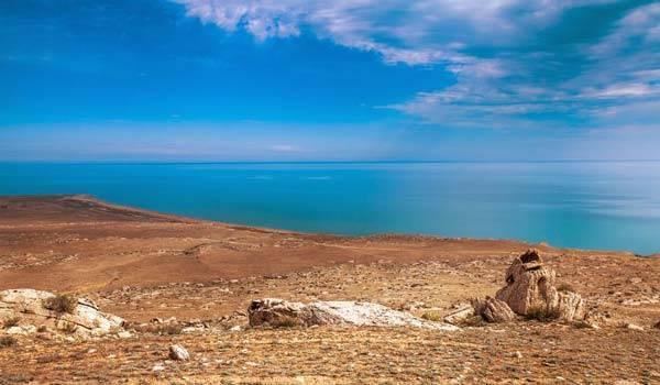 Самое большое озеро планеты