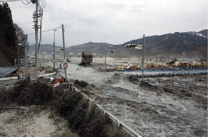 Как появляется цунами