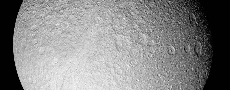Самый большой спутник сатурна